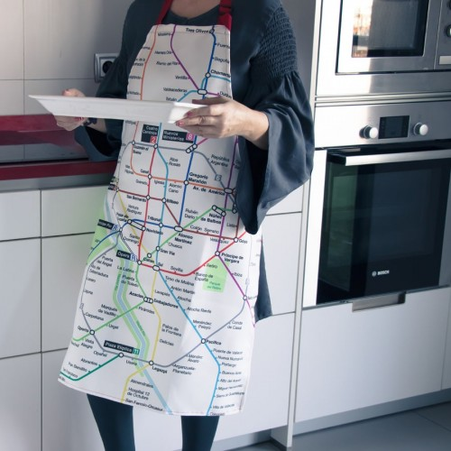 Kitchen apron with map of Metro